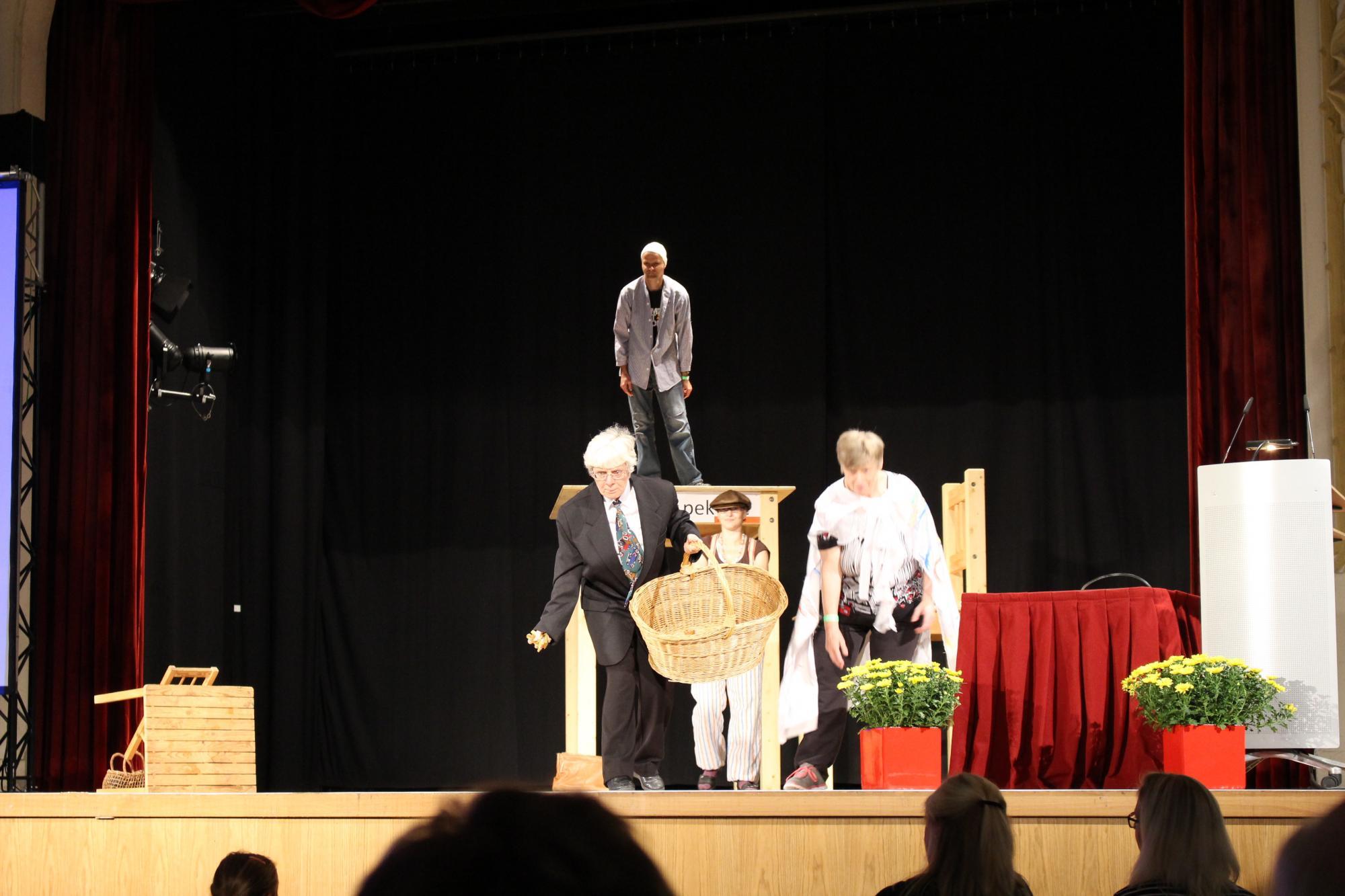 Theaterstück des Hermann-Gocht-Hauses