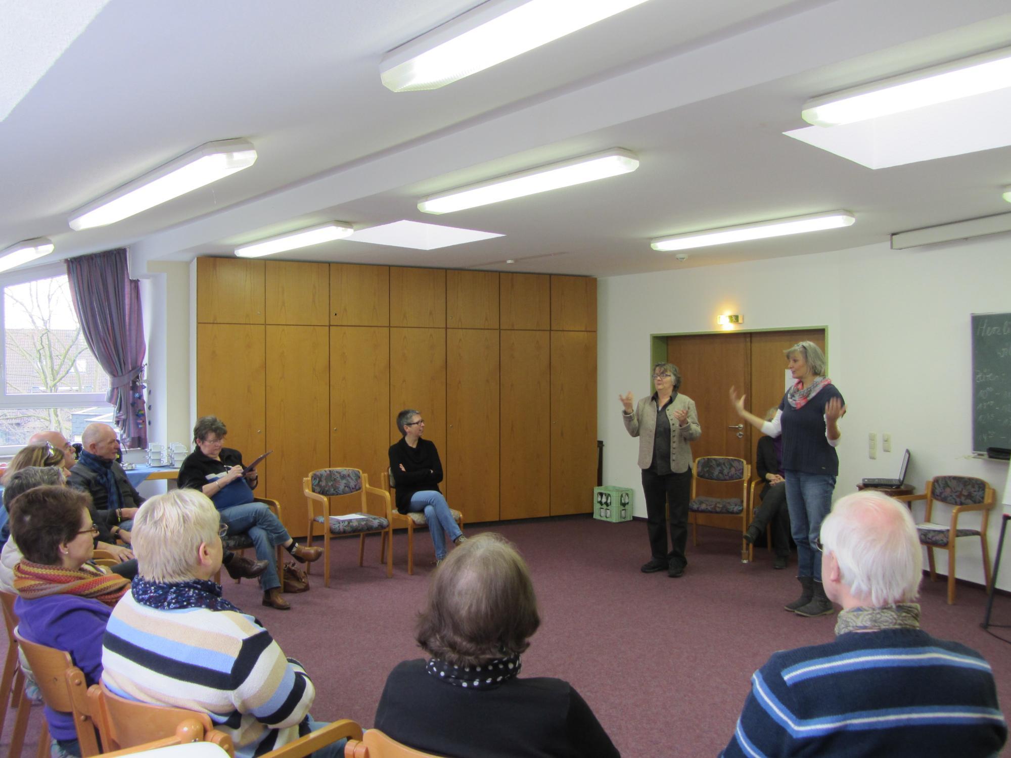 Herzlich willkommen zum ersten Kinästhetik-Kurs für Gehörlose!