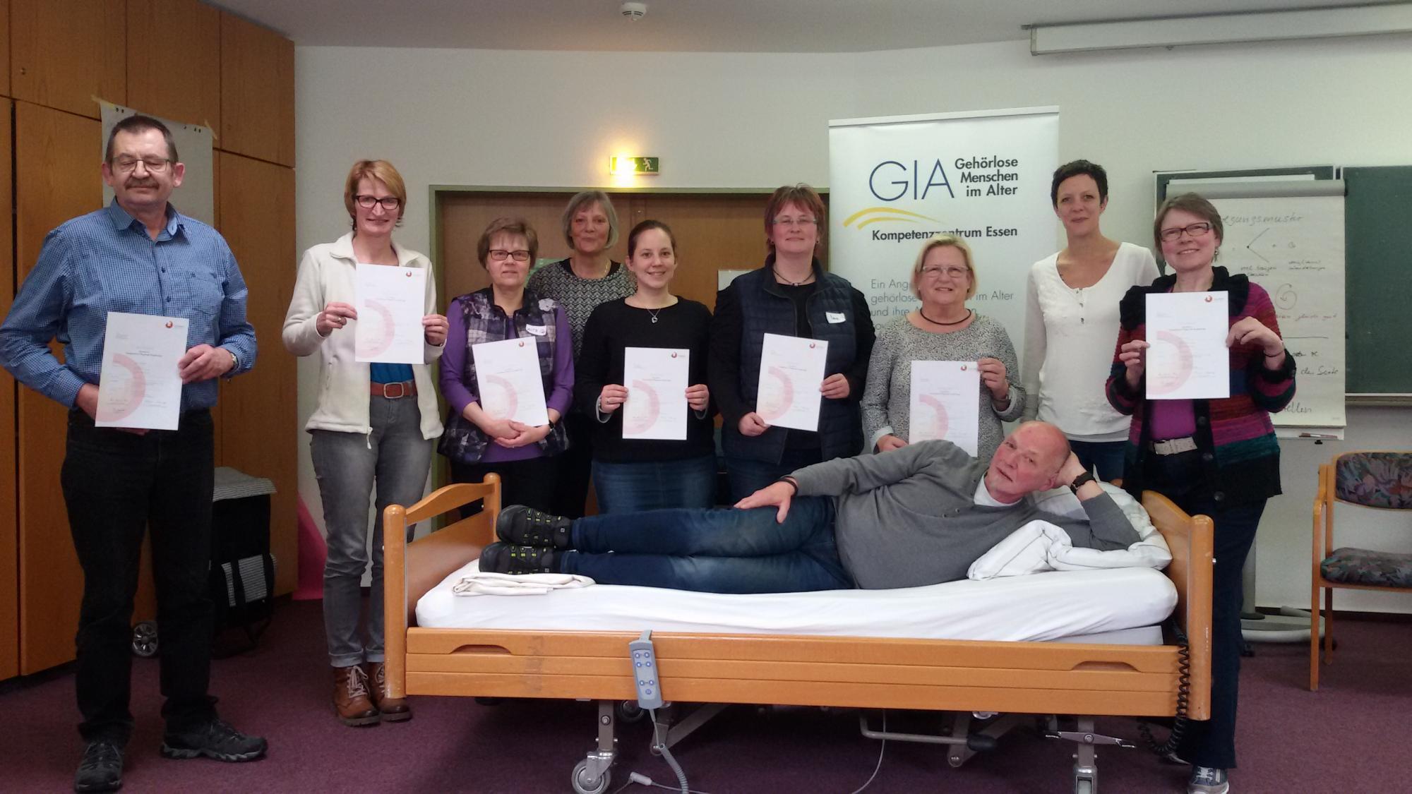 Gute Laune am letzten Tag - alle Teilnehmer erhalten ein Zertifikat!